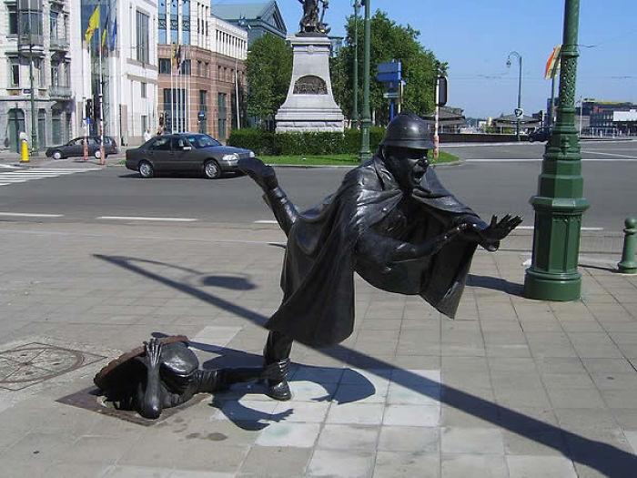 Praça Sainctelette, Bruxelas, Bélgica