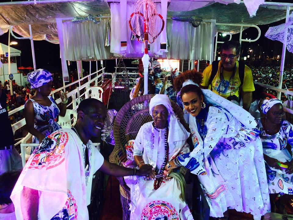 Mariene com  o Cortejo Afro na Avenida Foto: Divulgação