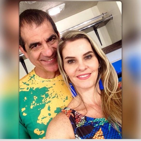 Durval Lelys comemora aniversário da esposa Thiara Tavares em NY