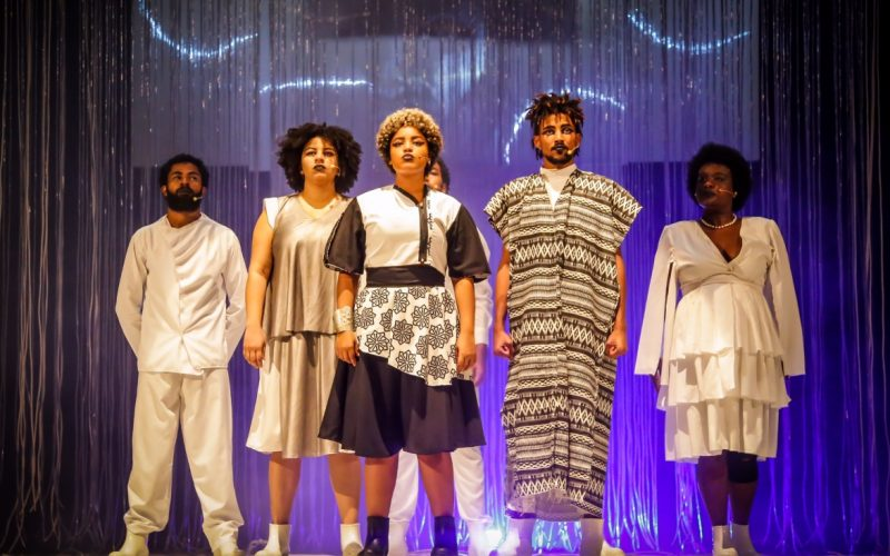 Pele Negra, Máscaras Brancas de 05 a 22 de setembro no Espaço Cultural da Barroquinha