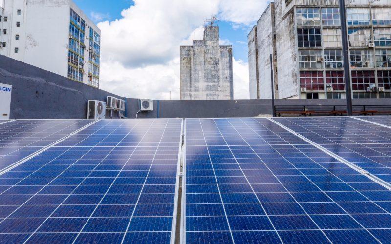 Placas solares contribuem para a redução da agressão à camada de ozônio