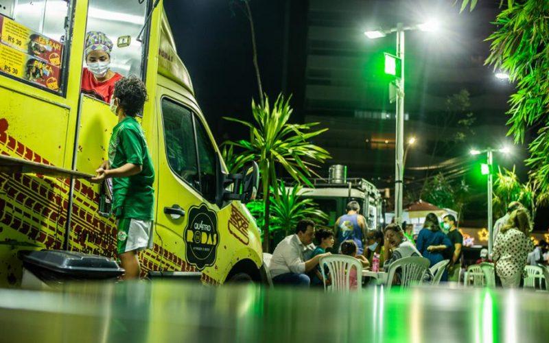 As delícias do truck de Mazinho Mendonça em Salvador
